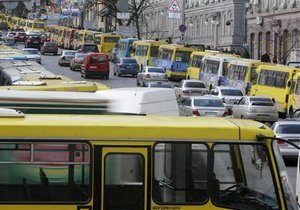 Украинские власти хотят ужесточить требования к автобусным и грузовым перевозкам